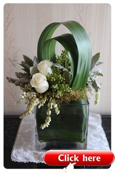 Corporate flowers, corporate flower centerpiece, add pic source on comment and… - Floral Decor Contemporary Flower Arrangements, Beautiful Flower Arrangements, Beautiful Flowers, Arte Floral, Deco Floral, Ikebana, Corporate Flowers, Church Flowers, Table Flowers