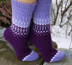 Crochet Socks, Knitting Socks, Knit Crochet, Cool Socks, Awesome Socks, Nylons, Ravelry, Cozy, Knits