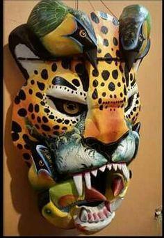 Mira este artículo en mi tienda de Etsy: https://www.etsy.com/es/listing/491831621/mascara-de-jaguar-mascara-boruca-de