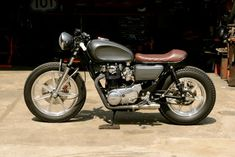 I thoroughly like specifically what they did with this custom Motor Cafe Racer, Cafe Racer Parts, Cafe Racer For Sale, Custom Cafe Racer, Sportster Cafe Racer, Cafe Racer Motorcycle, Bike Shipping, Custom Headlights, Blue Cafe