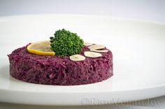 Raw Vegan Joy – Salata de varza rosie cu avocado