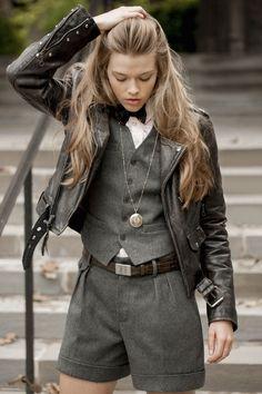 Shop Designer Clothing, Bags & Accessories Up to Off Woman Waistcoats tweed waistcoat woman Tweed Waistcoat, Wool Vest, Looks Street Style, Looks Style, Look Fashion, Fashion Outfits, Womens Fashion, Fashion Trends, Fashion Purses