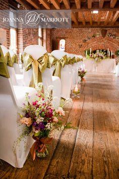Wedding ceremony at the Tudor BArn, ondon. Rustic natural wedding. Boho wedding.