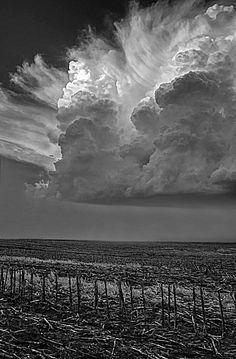 Thunderheads rolling in over Nebraska, Black and white Landscape photography.