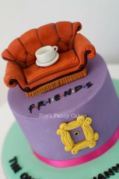 Friends-I'll Be There For You by Zoe's Fancy Cakes I need to make for Amy Friends Birthday Cake, 25th Birthday Cakes, Friends Cake, Birthday Desserts, Friends Tv, Birthday Ideas, Crazy Cakes, Cake Boss, Cupcakes