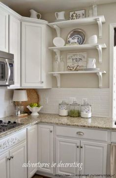 Versatile white subway tiles have become a mainstay in kitchen backsplash design. This kitchen has more traditional details, such as the app… – kitchen wall decor – epo countertop kitchen Diy Kitchen Cabinets, Kitchen Paint, Kitchen Backsplash, Kitchen Countertops, Backsplash Design, Backsplash Ideas, Bathroom Cabinets, Open Cabinets, Pantry Cabinets