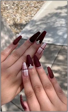 132 holiday nail art ideas to get you into the christmas spirit page 39 | Armaweb07.com #AcrylicNailsAlmond Matte Black Nails, Burgundy Nails, Red Nails, Ombre Burgundy, Maroon Nails, Glitter Nails, Red Wedding Nails, Simple Wedding Nails, Fall Acrylic Nails