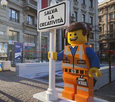 Milano, la fermata del metrò con 190.000 mattoncini Lego - Milano…