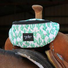 Cactus Saddle Sack I love the pattern! Horse Gear, My Horse, Horse Love, Western Horse Tack, Horse Barns, Western Riding, Fallon Taylor, Barrel Racing Tack, Riding Gear