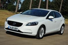 Volvo V40 front action