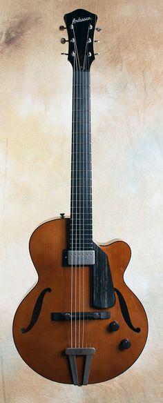 Steve Andersen: Electric Archie Custom | CR Guitars