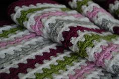 nice color combo..... link to Lucy's granny stripe pattern