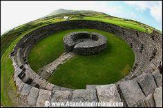Cahergall Stone Fort, near Cahersiveen in County Kerry, Ireland Cairns, Irish Eyes, Emerald Isle, Ireland Travel, British Isles, Northern Ireland, Statues, Places To See, Kid Playroom