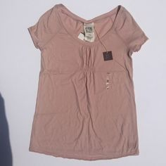 Ruehl no. 925 tee M pink NWT top Cotton / poly with silver thread and shirring. Ruehl No. 925 Tops Tees - Short Sleeve