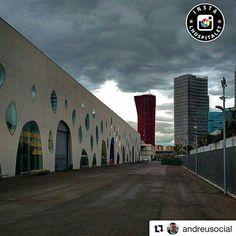 Bona nit IGers! Aquesta és una de les imatges seleccionades d'avui!  Enhorabona @andreusocial i moltes gràcies per la teva participació!  Visiteu la seva galeria!!!   Ens agradaria molt que  si podeu féssiu Repost de les mencions per ajudar-nos a  fer difusió de la nostra galeria i la nostra ciutat!!!   Seguiu-nos a @instalhospitalet i etiqueteu les vostres millors fotos de LH amb #instalhospitalet i #instalhospi  I visiteu també les pàgines amigues: @loves_catalunya_ @loves_barcelona…