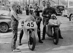 PHOTOS de COURSES 1950 / 1960 – Le Blog de François Fernandez Manx, Bugatti, Honda, Bmw, Courses, Motorcycle, Vehicles, Vintage, Motorbikes