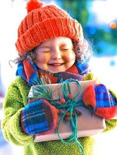 #Christmas #photography little girl ToniK ~•❤• Bébé •❤•~ naturesdoorways.tumblr.com  Home for the holidays