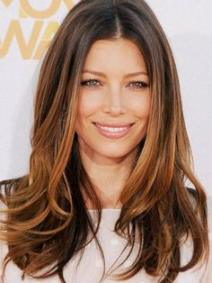 Proof That Jessica Biel Is The Queen Of Effortless Red-Carpet Beauty - Modern Blonde Hair Shades, Light Blonde Hair, Honey Blonde Hair, Jessica Biel, Yellow Hair Color, Hair Colour, Long Hair Cuts, Long Hair Styles, Baliage Hair