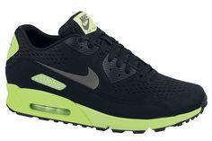 June 2013: Nike Air Max 90 Comfort EM