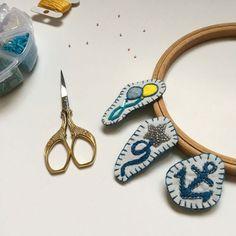 Broder des broches marins, un tutoriel facile pour le printemps Embroidering marine pins, an easy tutorial for spring
