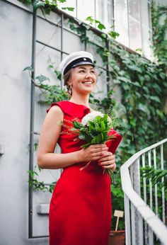 Yo-kuvaus Helsingin Talvipuutarhassa. Graduation photoshoot in Talvipuutarha, Helsinki. #graduation #ylioppilas #ylioppilaskuvaus #talvipuutarha #graduationphotography #reddress