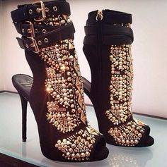 I am so in love with these shoes! Anybody know who makes them?