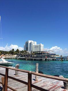 RIU Palace Peninsula in the background. Destin Beach, Cancun, Palace, New York Skyline, Mexico, Travel, Viajes, Palaces, Destinations