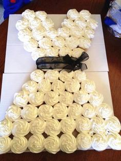 For the bridal shower instead of cake? Wedding Dress Shapes, Wedding Dress Cupcakes, Floral Wedding Cakes, Wedding Dress Trends, Bridal Cupcakes, Cupcake Wedding, Bridal Shower Cakes, Bridal Showers, Dress Cake