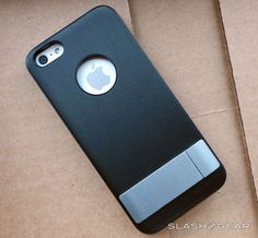Moshi iGlaze Kameleon iPhone 5 kickstand case Review - SlashGear