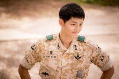 Song Joong Ki as Yoo Si Jin in #DescendantsofTheSun