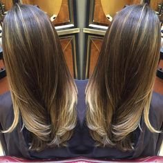 A little bit of hair painting to spice up this Sunday! Ready for spring #freelights #balayage #gorg