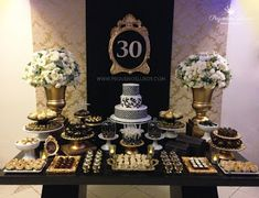Birthday ideas for adults surprise Ideas 30th Party, 30th Birthday Parties, Gold Birthday, Birthday Party Decorations, Birthday Ideas, Gold Party, Masquerade Decorations, Cake Making, Tumi