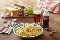 Μακαρονάδα Aglio Olio-featured_image Aglio Olio, Food Categories, Spaghetti, Pasta, Chicken, Ethnic Recipes, Rice, Image, Noodle