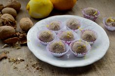 Bade'nin Şekeri: Taze Cevizli Unsuz Şekersiz Limon Topları / Lemon Balls with Fres...