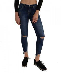 HG Τζήν Μεσοκάβαλο KT57581 #γυναικείατζιν #παντελόνια #μόδα #γυναίκα #ψηλόμεσατζιν #womensjeans #fashion #style Skinny Jeans, Pants, Fashion, Skinny Fit Jeans, Moda, Trousers, Fashion Styles, Women Pants, Women's Pants