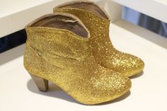 DIY tutorial: super easy glittered boot5