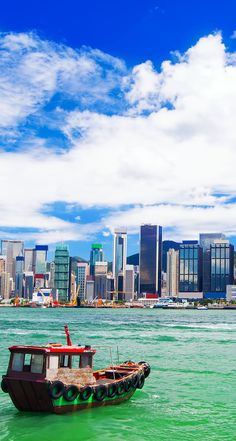 Hong Kong harbour at day | Amazing Photography Of Cities and Famous Landmarks From Around The World