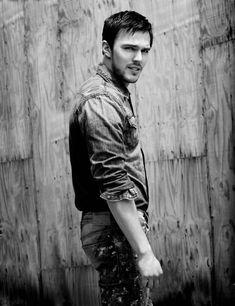 Nicholas-Hoult-2015-Flaunt-Photo-Shoot-003