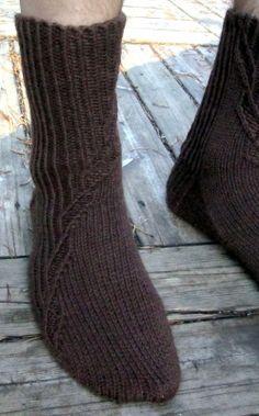 Magic Loop, Crocheting, Socks, Knitting, Fashion, Crochet, Moda, Chrochet, Tricot