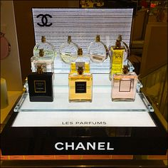 Yes creating a new Point-of-Purchase display year after year after year becomes an ever increasing challenge for a long-lived brand like Chanel. Nevertheless I think I would focus attention on the . Cosmetics Display Stand, Cosmetic Display, Pos Display, Product Display, Counter Display, Display Stands, Parfum Chanel, Print Advertising, Advertising Campaign