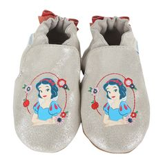 Snow White Baby Shoes | Robeez