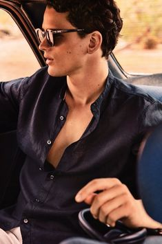 Soul Artist Management - New York Model & Talent Management Agency - SIMON NESSMAN - Gentlemen Simon Nessman, Summer Story, Chic Summer Style, Soul Artists, Canadian Models, Men Photoshoot, Fashion Blogger Style, Summer Photography, Men Street