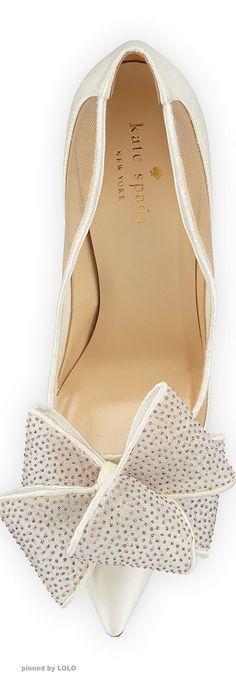 Blog OMG I'm Engaged - Sapatos de Noiva Kate Spade, na cor branca. White wedding shoes.