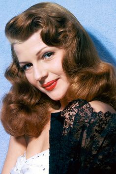 Rita Hayworth again...have you noticed stars all looked like stars...you never saw them out in torn blue jeans....they felt they owed that to their public, who had made them a celebrity.