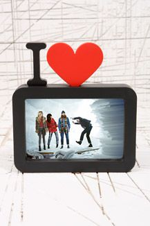 UO-I Love Frame £20