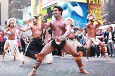 Chile realizó inédita acción de promoción turística en lugares más visitados de Nueva York: Un grupo de nueve Rapa Nui mostró parte de sus bailes frente a miles de turistas y neoyorquinos.