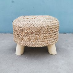 We are happy to share this very new design -a stylish and strong stool made with real wood+jute breads and strong sofa sponge on top.