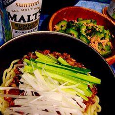 暑い夏はつるっといける麺とゴーヤととまキューをお供に✨ - 19件のもぐもぐ - ピリ辛ジャージャー麺&ゴーヤとツナの梅肉和え✨ by satomi330