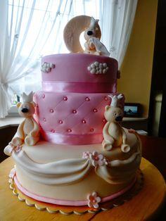 TORTY AŚKI M: Uroczy tort z MIŚKAMI