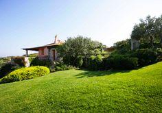 Armonia verde, piccolo giardino in Sardegna